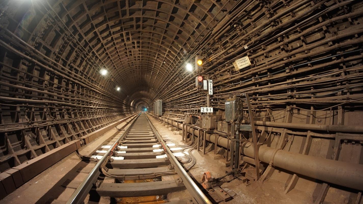 Фото 1. Тоннель метрополитена