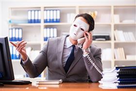 Операторов связи могут обязать блокировать телефонных мошенников