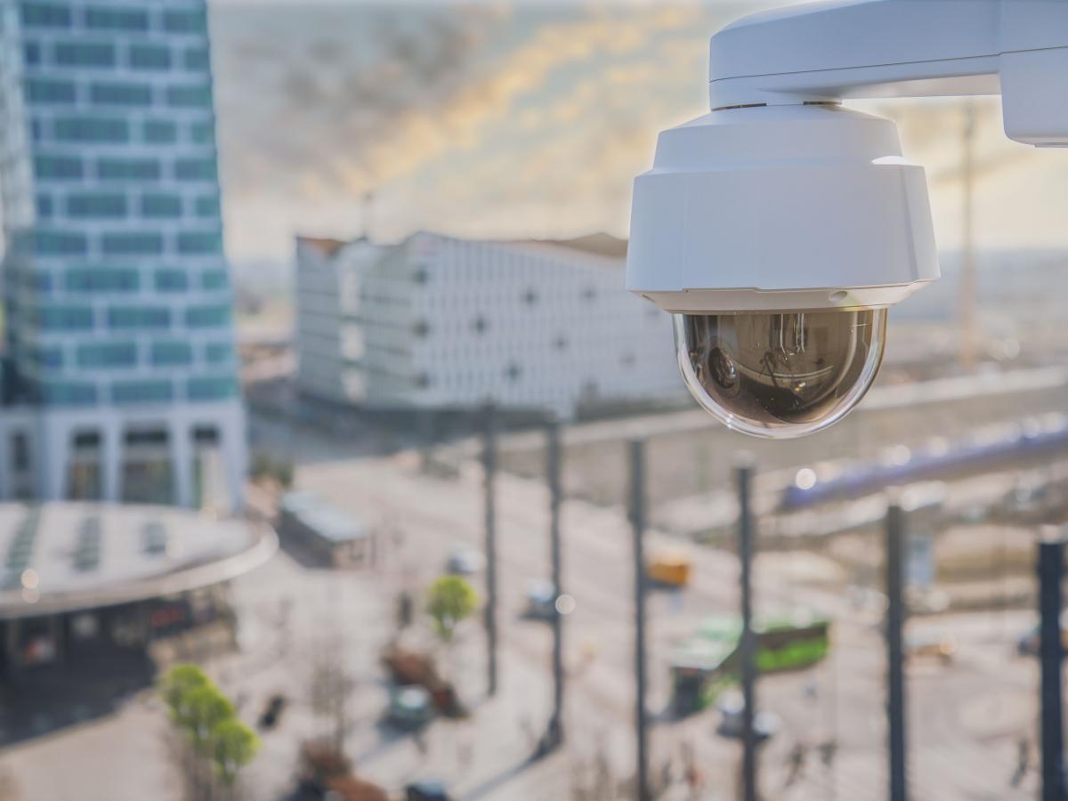 Новая PTZ 4K камера AXIS Q6078-E с 20х трансфокатором для уличного видеоконтроля