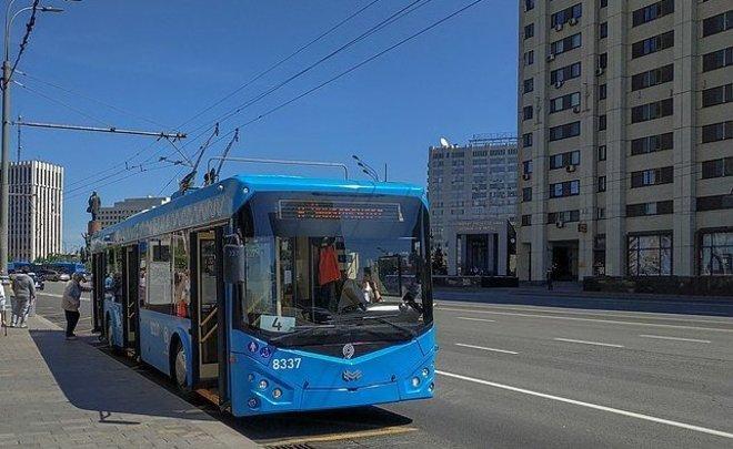 В троллейбусах и трамваях Москвы установят камеры с функцией распознавания лиц
