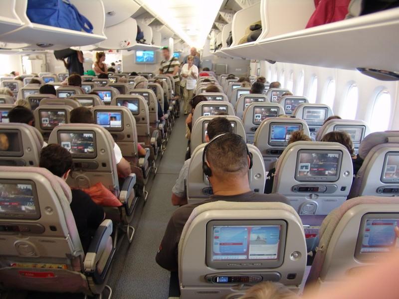 Российские авиакомпании будут устанавливать видеокамеры в самолетах