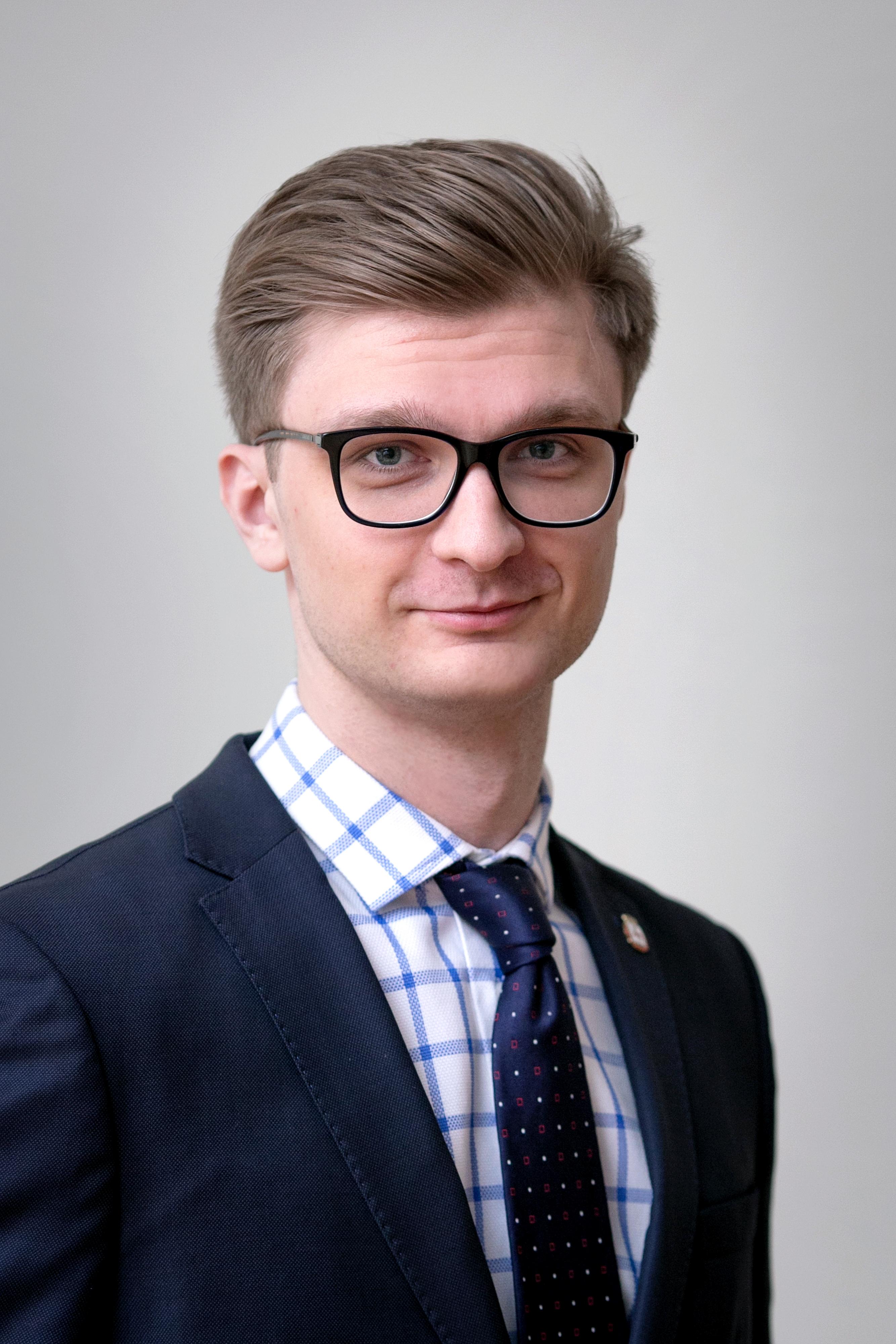Алексей Карапузов