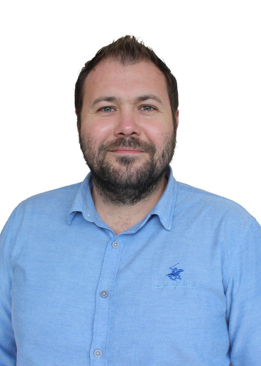 Антон Сердюков