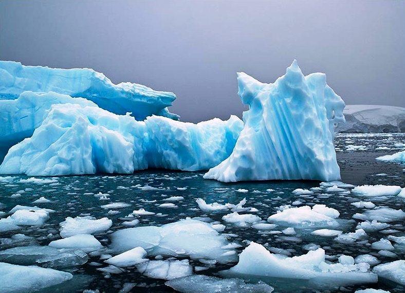 МЧС создаст в Арктике комплексную систему безопасности