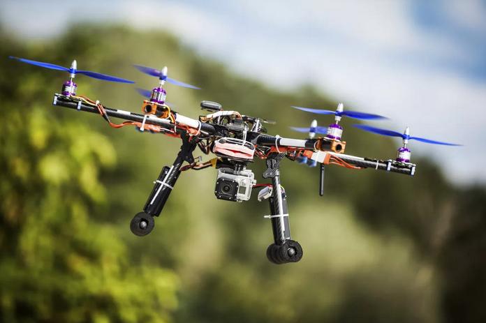 Права для управления дронами планируют ввести в Японии