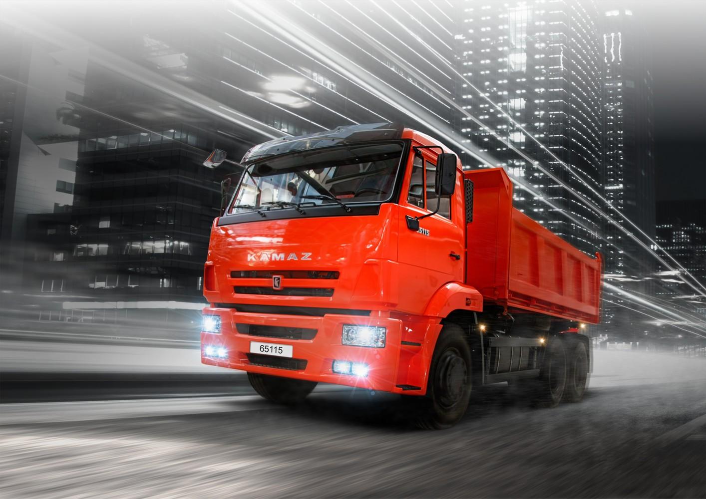 Первый беспилотный грузовик продемонстрировали на одной из шахт Кузбасса