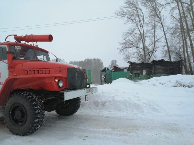 Сигнал пожарного извещателя спас новосибирскую семью с четырьмя детьми