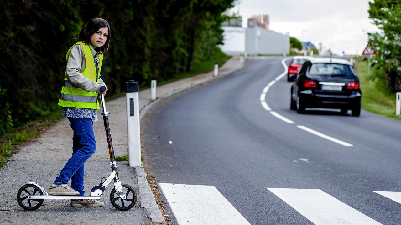 Российские школьники проходят тестирование на знание правил дорожного движения