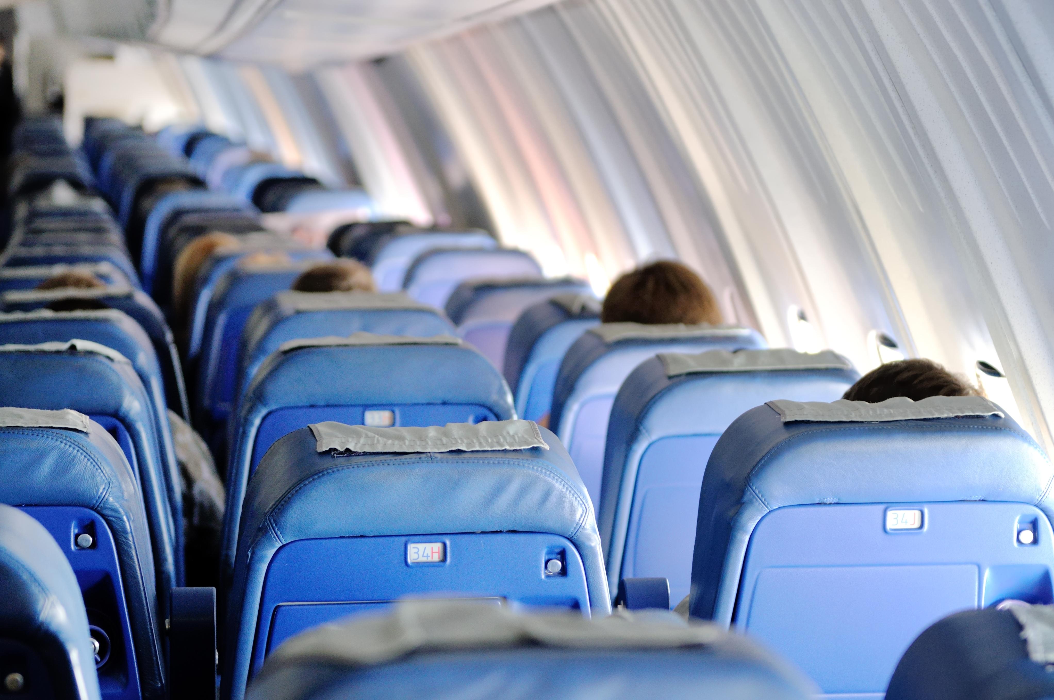 Европейские страны изменили правила для авиапассажиров из-за пандемии