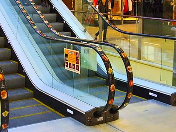 Созданы автоматические обеззараживатели для поручней эскалаторов