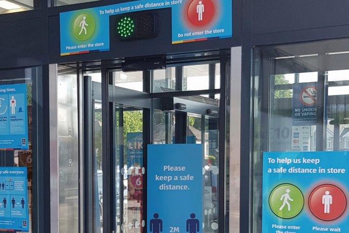 Автоматическую систему контроля потока посетителей планируют использовать в британских пунктах вакцинации