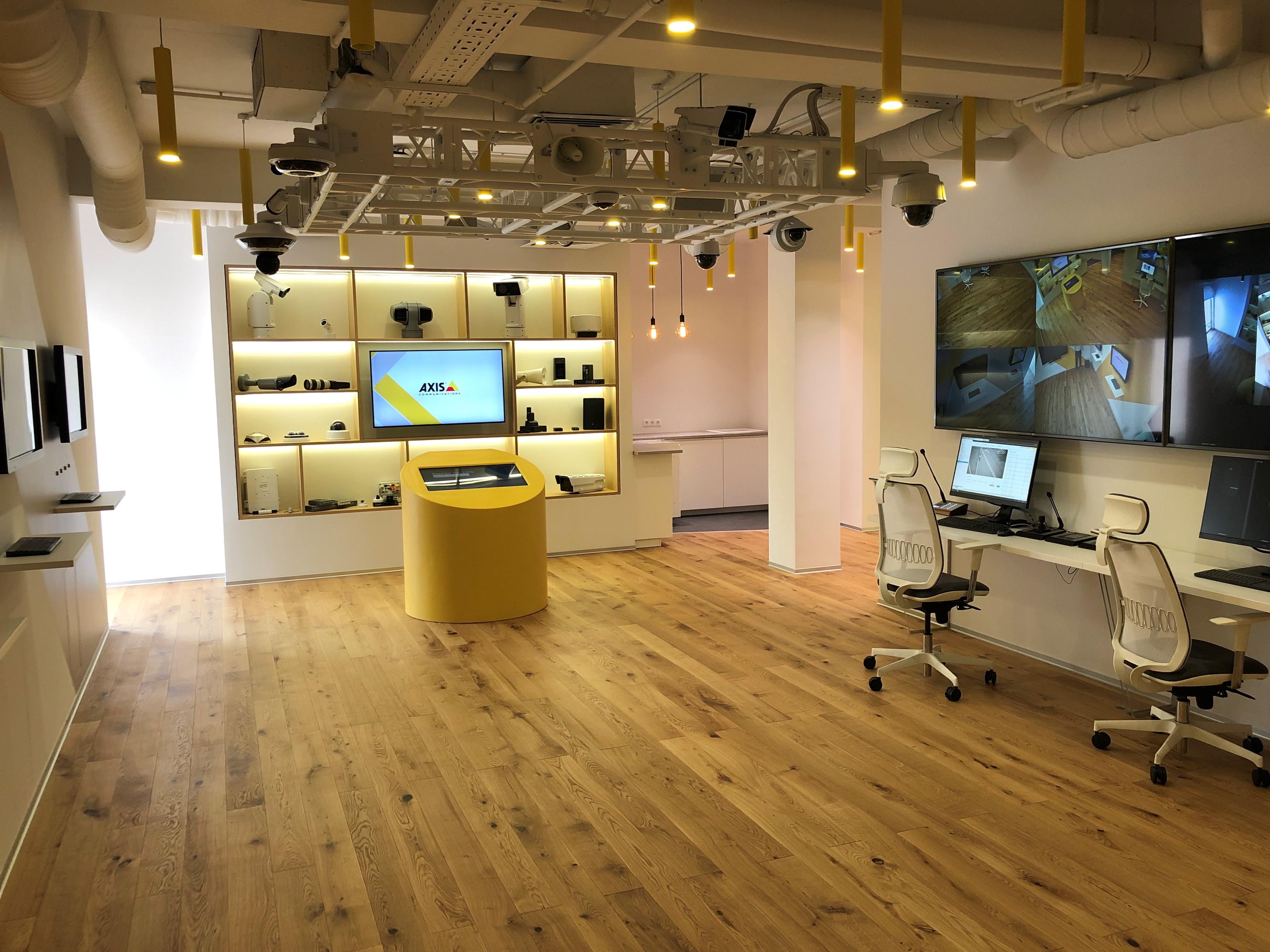 Axis Communications открыла экспириенс-центр в новом московском офисе