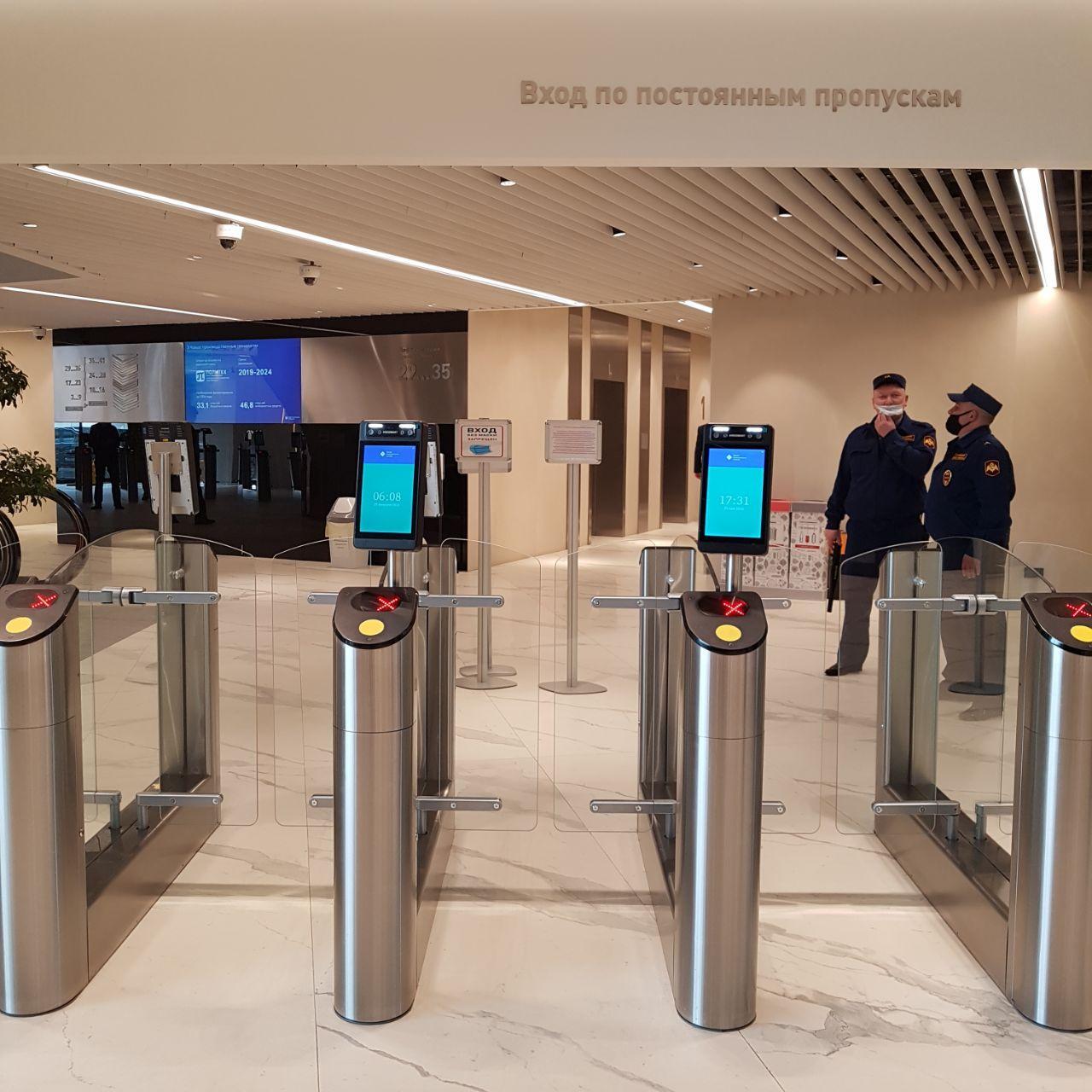 Бесконтактная биометрическая СКУД BioSmart запущена в небоскребе