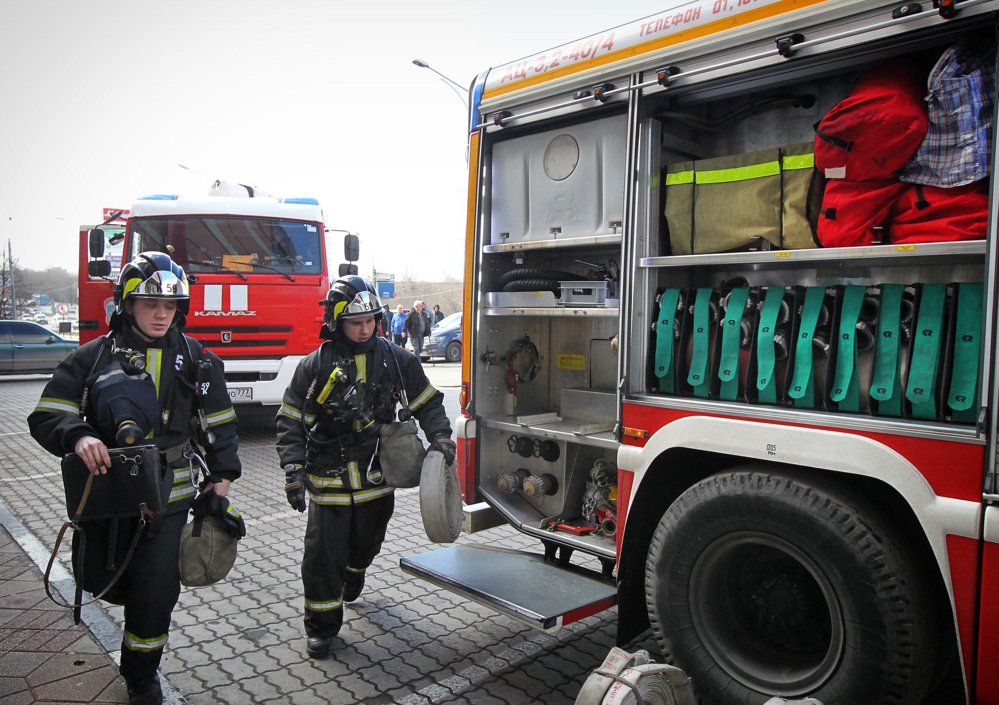 Проект о частной пожарной охране в крупных ТЦ внесли в Госдуму