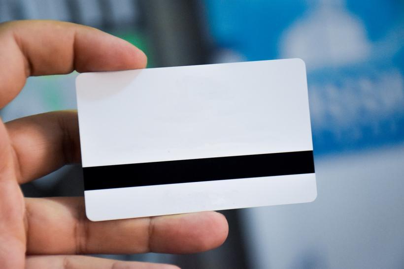 В МВД РФ предложили ввести ID-карты для иностранцев