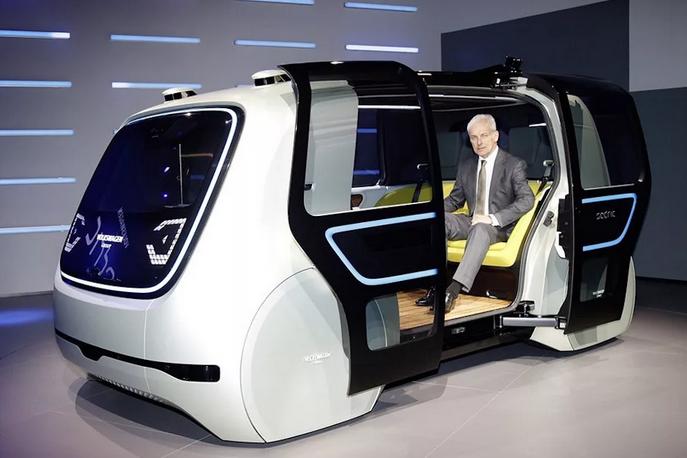 Подготовкой законопроекта о беспилотных авто займется рабочая группа Госдумы