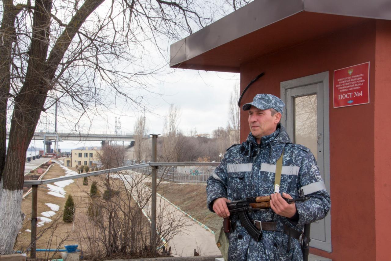 Бдительность ведомственной охраны Минтранса в Поволжье проверена свыше 1000 раз