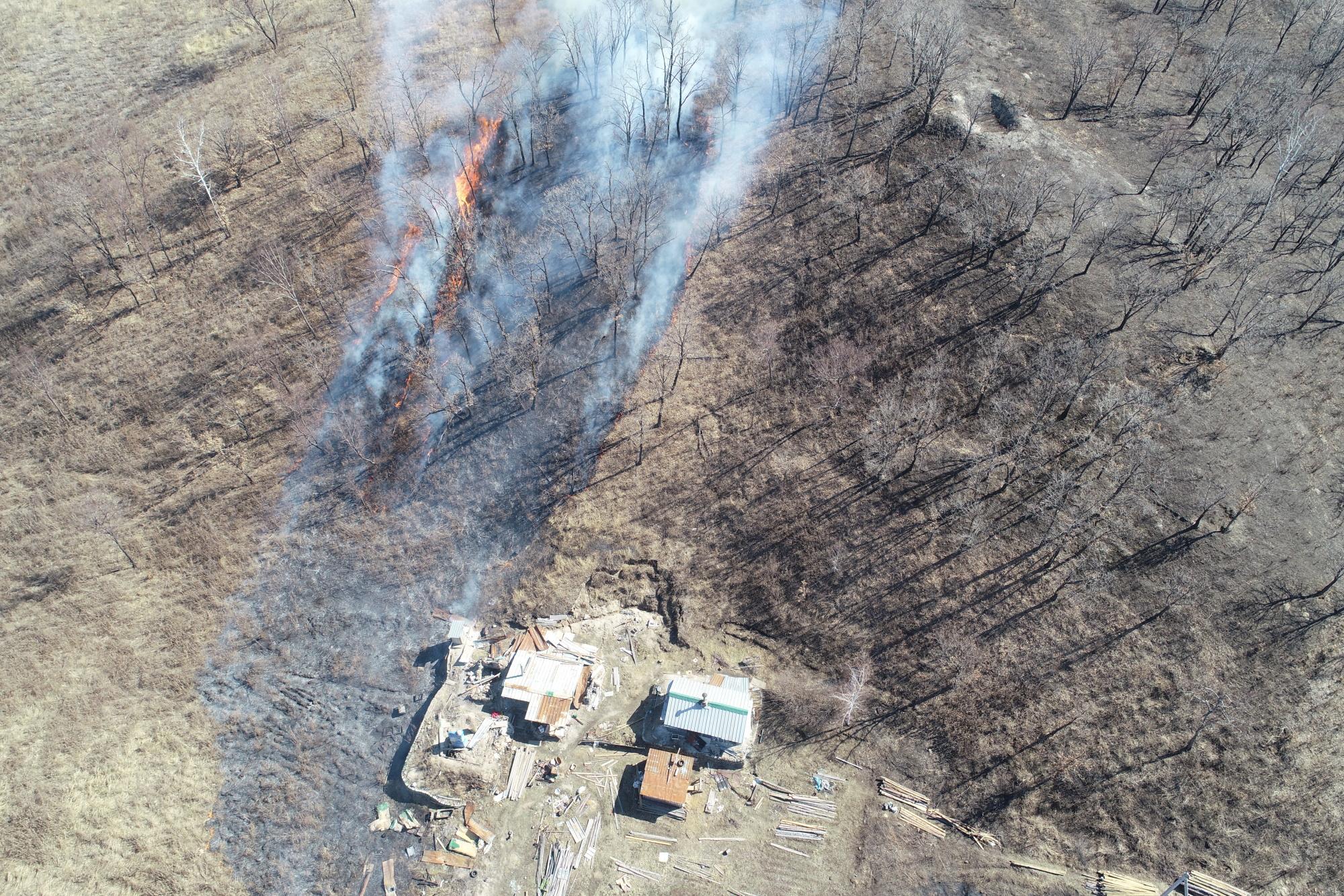 В Амурской области беспилотники обнаружили поджигателей сухой травы