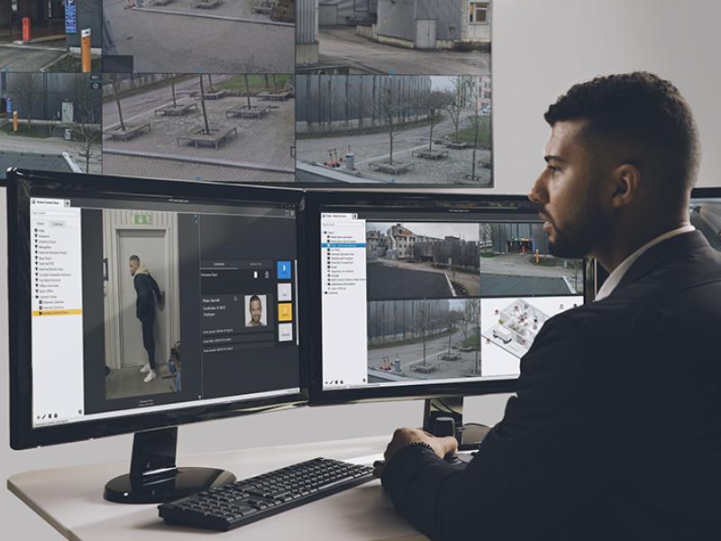 Axis Communications представляет приложение AXIS Camera StationSecure Entry для охраны объектов