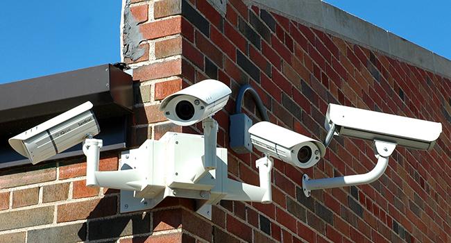 Власти выделили три миллиарда на сети и камеры наблюдения в школах