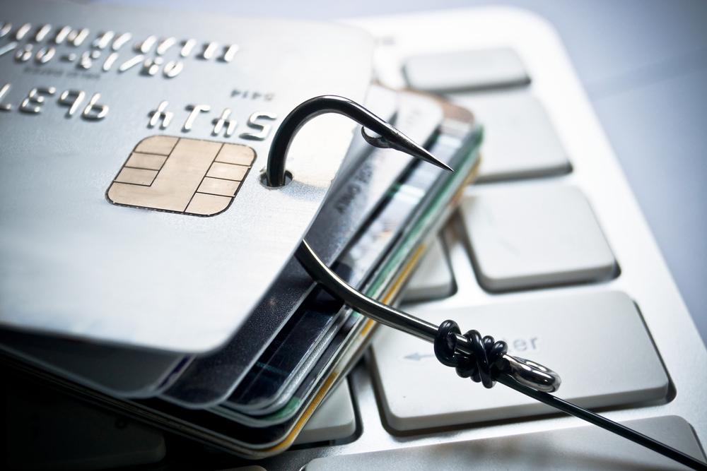 Инженер из Татарстана создал прибор для похищения денег с банковских счетов