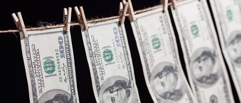 ЦБ создаст базу устройств для борьбы с отмыванием денег