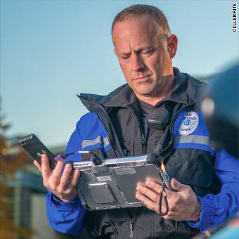 Почти 2 тыс. полицейских органов в США имеют инструменты для взлома телефонов