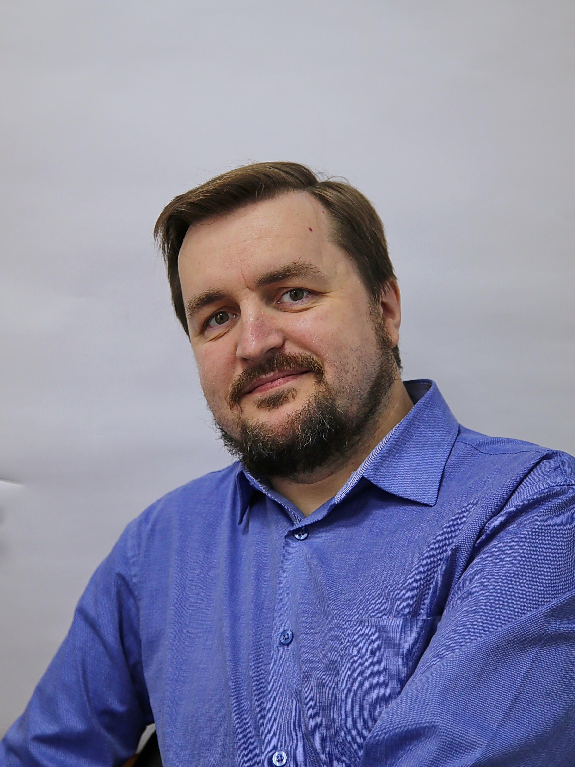 Илья Самсонов